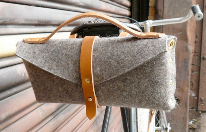 Felt bicycle saddle bag