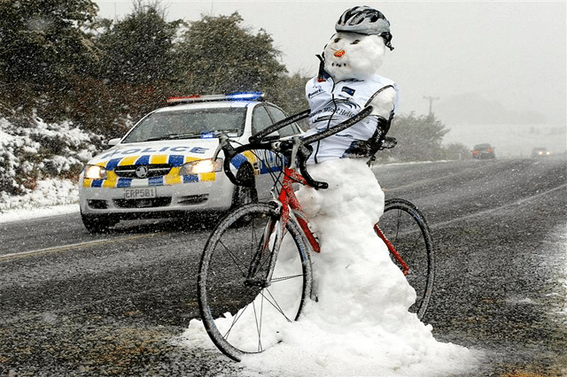 Snow-Cyclist