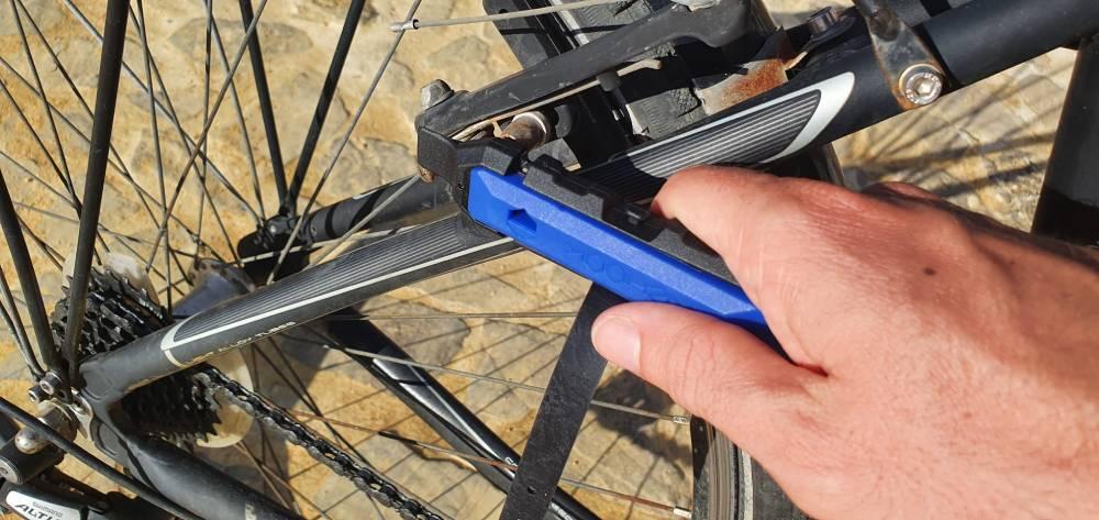 Rehook PLUS Adjust Brakes